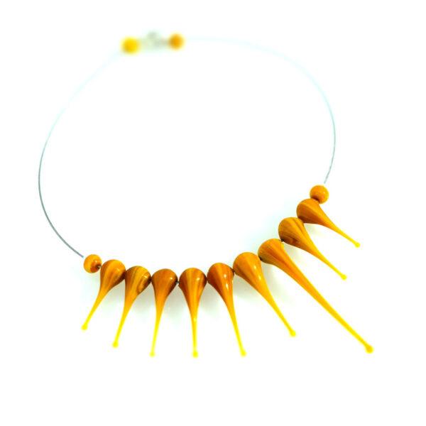 Collana Artigli senape. Olimpia Aveta Design gioielli contemporanei in vetro di Murano