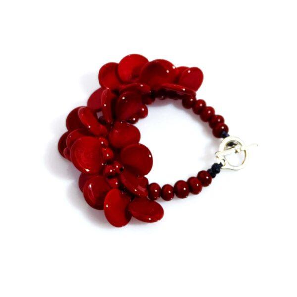 Bracciale LEI rosso ciliegia Olimpia Aveta Design gioielli contemporanei in vetro di Murano