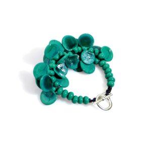 Bracciale LEI verde petrolio Olimpia Aveta Design gioielli contemporanei in vetro di Murano