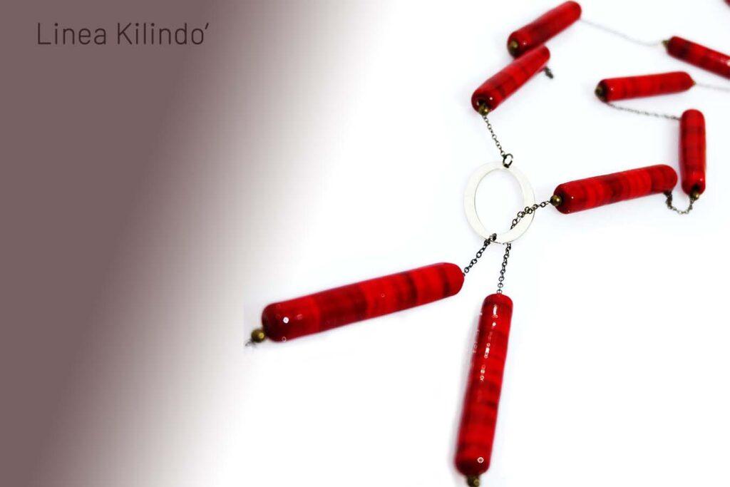 Collana Kilindo' sautoir rosso ciliegia Olimpia Aveta Design Gioielli contemporanei in vetro di Murano