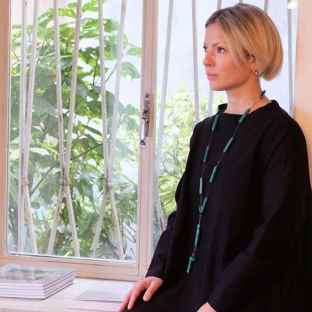 Collana Kilindò verde petrolio in vetro di Murano Olimpia Aveta Design